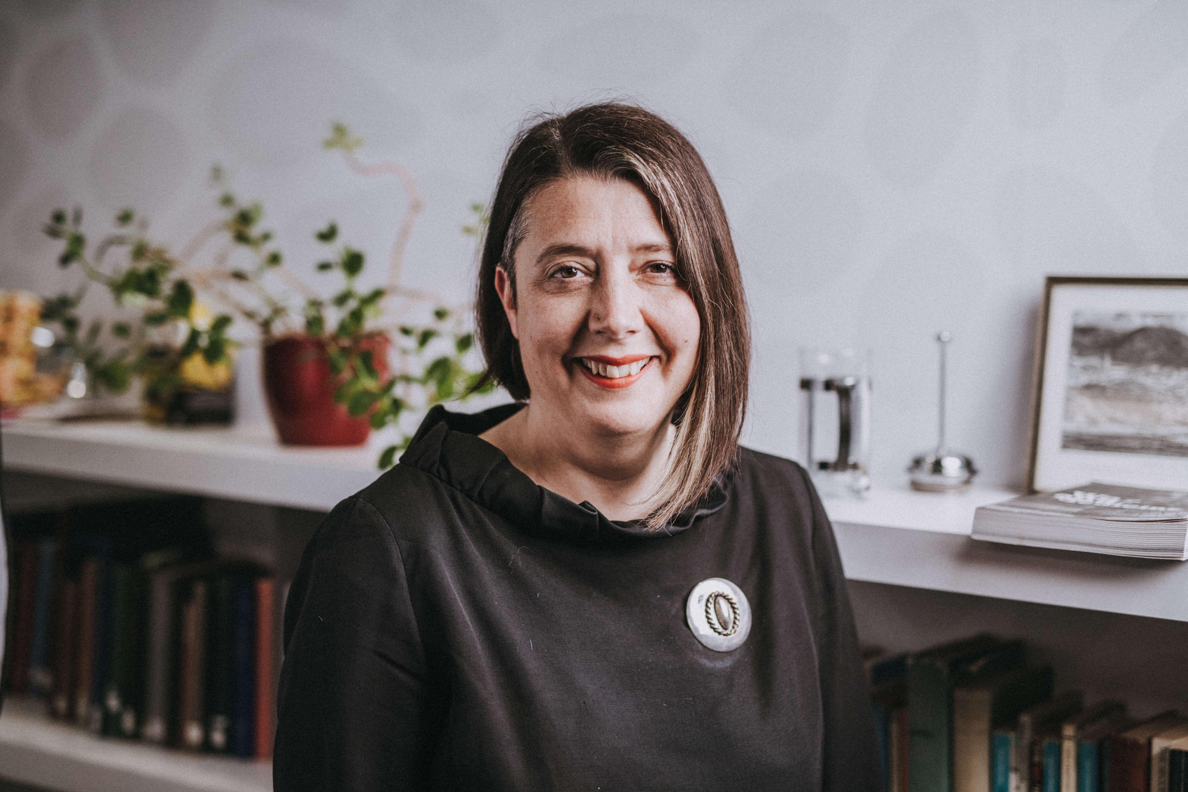 Profile image - Laura Salisbury
